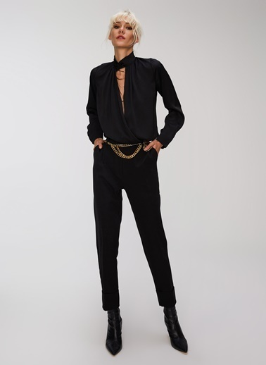 People By Fabrika Yaka Detaylı Saten Bluz Siyah
